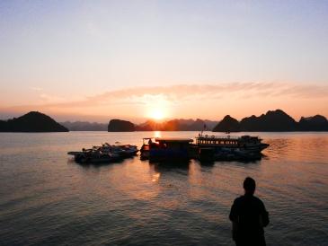 Ha Long Bay, Halong Bay, Vietnam, Cruise